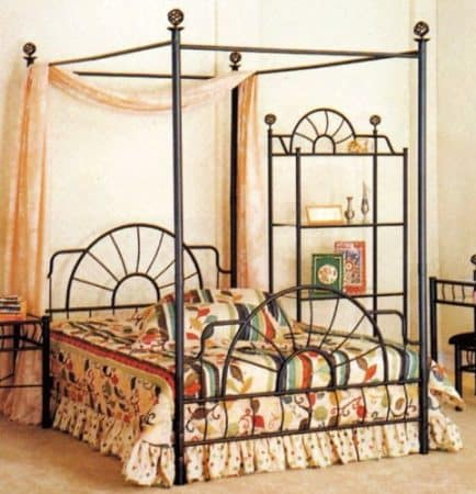 Full Size Canopy Bed