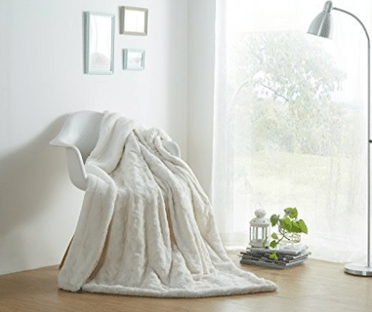 DaDa Bedding Luxury White Roses Faux Fur with Sherpa Backside Fleece Throw Blanket, Sherpa Throw Blankets