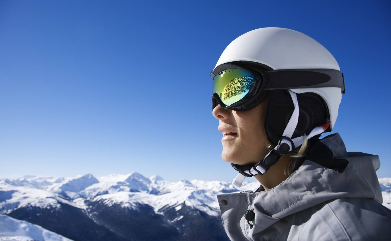 2809a30a73c Top 10 Best Ski Goggles Review (March