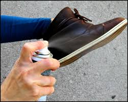 Top 10 Best Waterproof Spray for Shoes in 2019 – Buyer's Guide