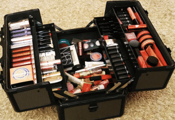 Top 10 Best Makeup Train Cases Review in 2018