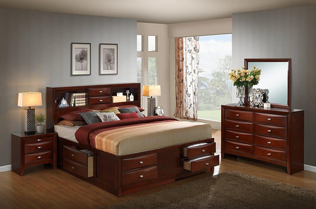Roundhill Furniture Emily 111 Wood Storage Bed Group with King Bed
