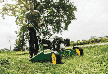 Top 10 Best Push Lawn Mowers in 2019 – Buyer's Guide