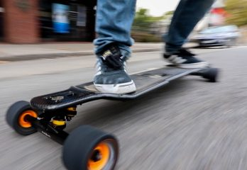 Top 14 Best Electric Skateboards Review 2019 – Buyer's Guide