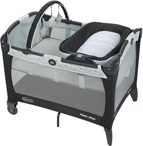 Graco Baby Bassinet Pack Play Playard Reversible Napper and Changer