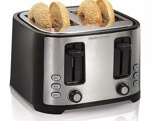 #7. Hamilton Beach 4-Slice Extra-Wide Slot Toaster with Defrost and Bagel Functions