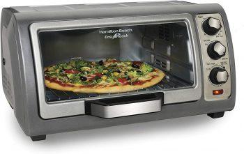 3. Hamilton Beach Countertop Toaster Oven, (31123D)