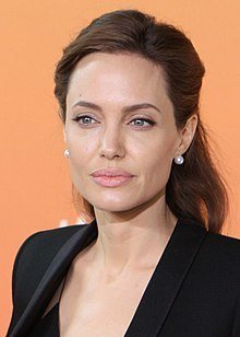 2. Angelina Jolie Most Beautiful Hollywood Actress