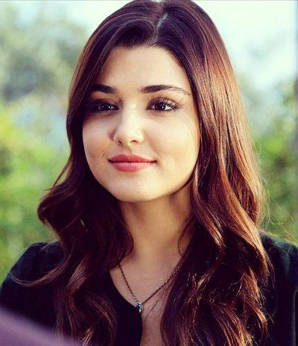 2. Hande Erçel - Most Beautiful Turkish Women Star