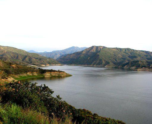 3. Lake Piru