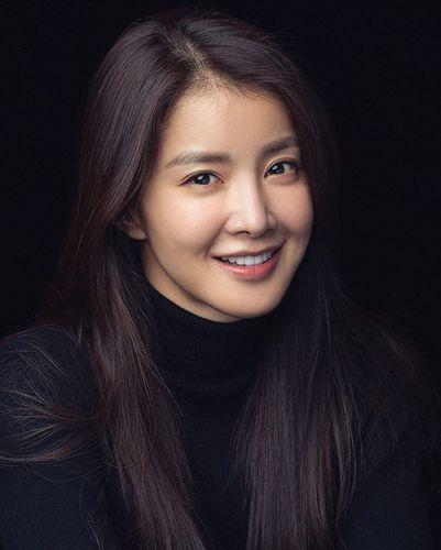 Lee Si Young Beautiful Korean Women Star