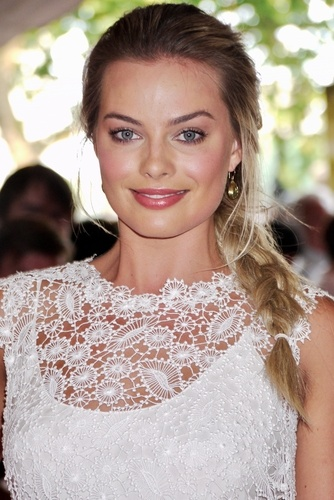 6. Margot Robbie Most Beautiful Hollywood Actresses