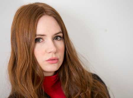 1. Karen Gillan Most Beautiful Scottish Women Star