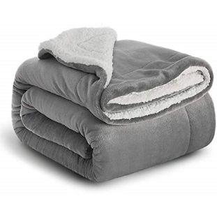 2. BEDSURE Sherpa Fleece Blanket Throw