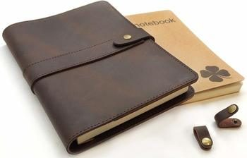 9. Le Vent Refillable Leather Journal